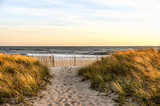 Fototapeta Nowy Jork - Sunset in a November Autumn day, at Hamptons Beach New York