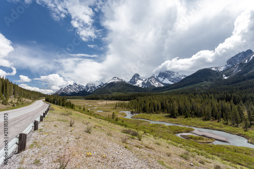 Foto op Canvas Bleke violet Canadian Rockies Canada Banff National Park