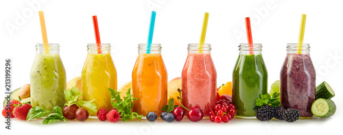 Foto auf Gartenposter Saft Healthy fresh fruit smoothies with ingredients