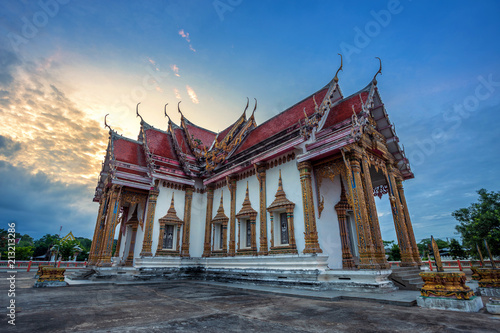 Tuinposter Bedehuis Temple (Thai language:Wat Chulamanee) is a Buddhist temple It is a major tourist attraction in Phitsanulok, Thailand.