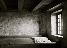 Barrick Bed