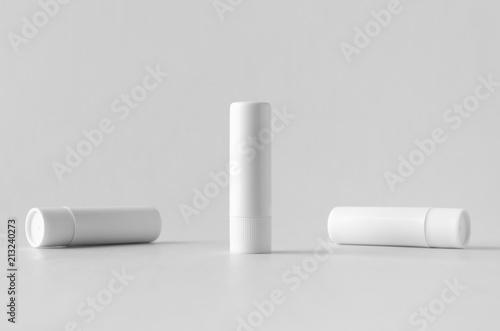 Fotomural Lip balm packaging mock-up.
