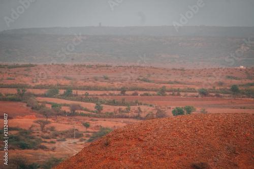 Poster Donkergrijs Arid Landscape
