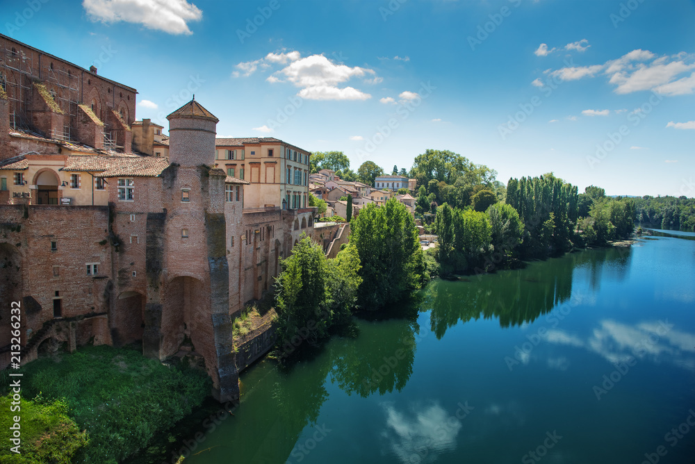 Fototapety, obrazy: View of town Gaillac in France