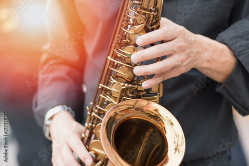 Plakaty atrybuty muzyczne  international-jazz-day-and-world-jazz-festival-saxophone-music-instrument-played-by-saxophonist-player-musician-in-fest