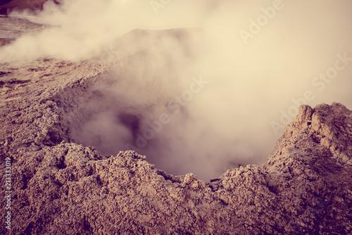 Foto op Aluminium Centraal-Amerika Landen Sol de manana hot mud in sud Lipez reserva, Bolivia