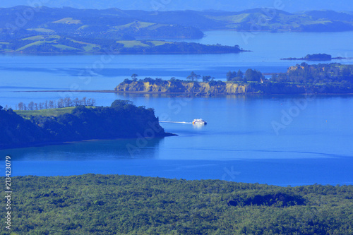 Fotobehang Oceanië Aerial view of Ferry sail toward Auckland city from Waiheke Island