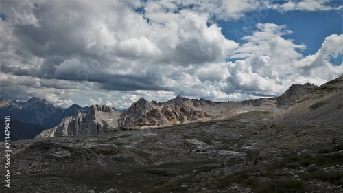 Keuken foto achterwand Donkergrijs Laemar from above, dolomites, Italy