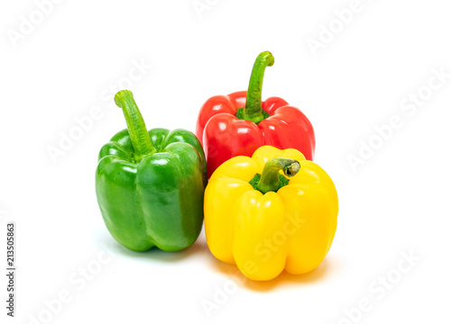 fresh colorful bell peppers isolated on white background Fototapet