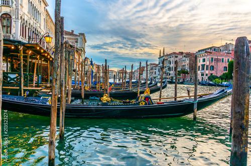Plakat Gondole Parkować w kanał grande w Wenecja, Włochy