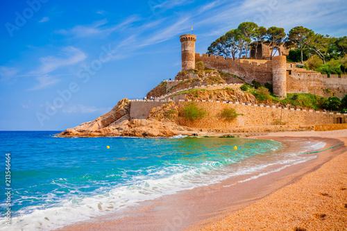 Foto Sea landscape Badia bay in Tossa de Mar in Girona, Catalonia, Spain near of Barcelona