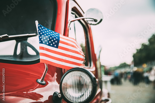 Poster Vintage voitures Close Side View Of Red Pickup Truck With Small American Flag Waving