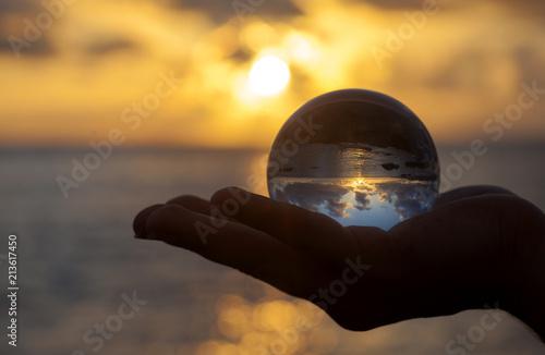 Fotografía Crystal ball photography - sunset beach