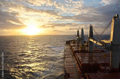 Poster  Рассвет и закат солнца в океане