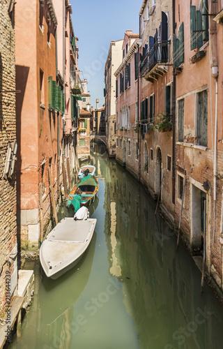 Aluminium Prints Venice Beautiful view of the Venetian canal