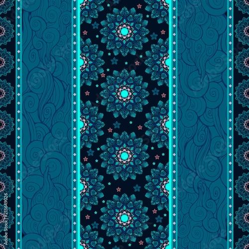 abstrakcjonistyczny-mandala-kwiat-i-obloczny-falowy-pionowo-reka-rysunku-ornamentu-bezszwowy-deseniowy-wektor-z-glebokim-ble
