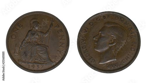 Valokuva Moneda de 1 penique de Jorge VI, año 1937, aislada sobre fondo blanco