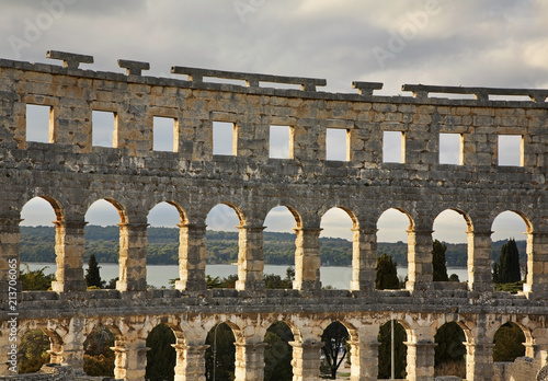 Fotografia Pula Arena - Roman amphitheatre in Pula. Croatia