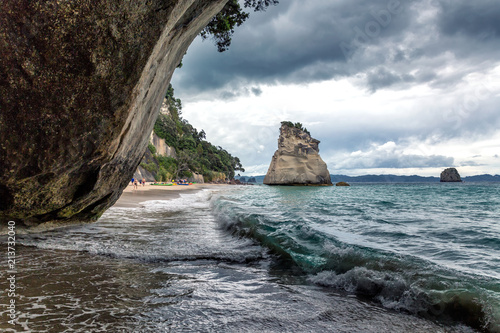 Fotobehang Cathedral Cove Big rock on Cathedral Cove beach, Coromandel Peninsula, New Zealand