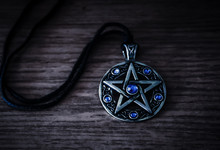 Totem Celtic Pentagram