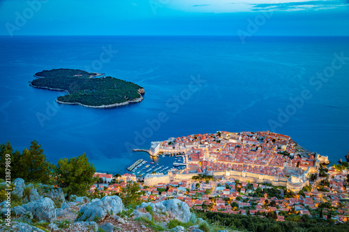 Poster Centraal Europa Old town of Dubrovnik at twilight, Dalmatia, Croatia