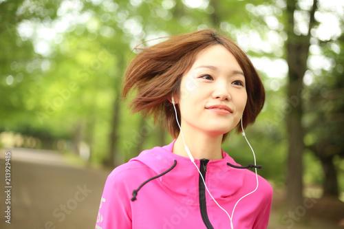 Keuken foto achterwand Jogging ジョギングする女性