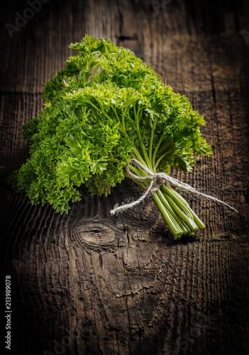 Deurstickers Aromatische a bunch of fresh parsley