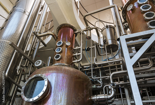 Fotografia Interior of distillery for manufacture of vodka and gin