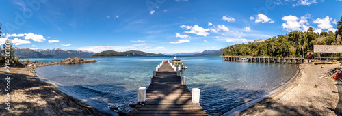 Photo Panoramic view of Pier at Arrayanes National Park - Villa La Angostura, Patagoni