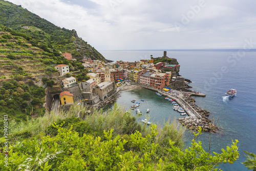 Spoed Foto op Canvas Europa Vernazza city. Rocky seashore. Cinca Terre. Italy
