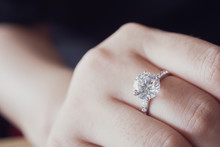 Engagement Diamond Ring On Wom...