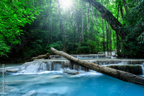 Foto op Canvas Watervallen Beautiful deep forest waterfall in Thailand.