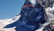 Alpy Szwajcaria ludzie na spadochronie