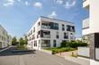 Leinwanddruck Bild - Moderne Neubau Immobilien, Mehrfamilienhäuser in neuer Wohnanlage in der Stadt