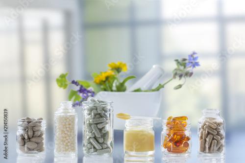Fotografia  Medicine, Healthcare, Pharmaceuticals, Food supplements bright background