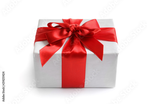 Fotografía  Beautifully wrapped gift box on white background