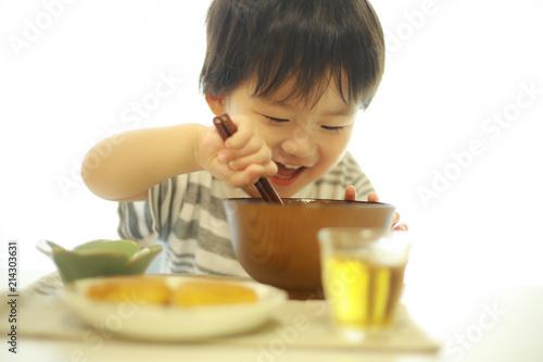 Fototapeta 食事する男の子 obraz