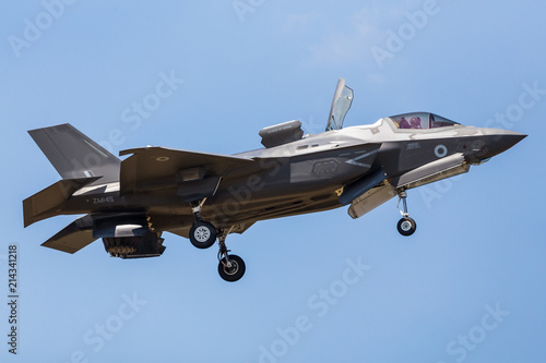 Obraz na plátne  RAF Lockheed Martin F-35B Lightning II pictured at the 2018 Royal International Air Tattoo at RAF Fairford in Gloucestershire