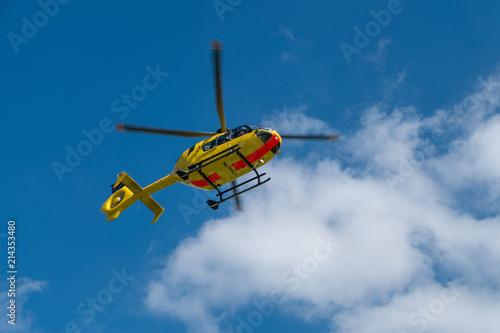 Tuinposter Helicopter Rettungshubschrauber startet (SAR)