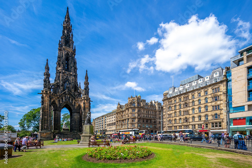 Fototapeta Scott Monument that commemorate  to Walter Scott