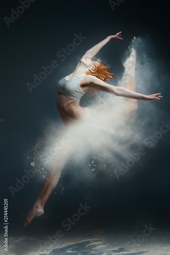 Obraz na plátně  Dancing in flour concept