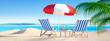 Liegestühle mit Cocktails am Strand - Bannerformat 2