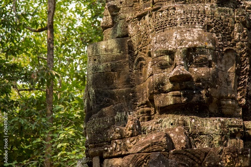 Fotobehang Bedehuis Temple Face Cambodia