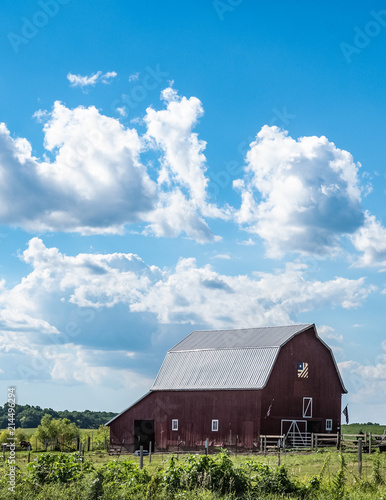Fotografie, Obraz  vertical barn quilt country landscape