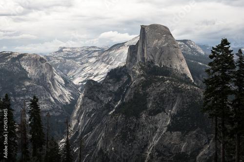 Keuken foto achterwand Verenigde Staten Half Dome Sierra Landscape With Fir and Pine Trees