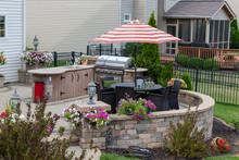 Upscale Backyard Round Brick P...