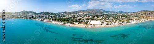 Photo Stands Egypt Luftaufnahme des populären Badeortes Varkiza, südlich von Athen, mit türkisem Meer und feinem Sandstrand