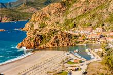 Porto, Village De Charme, Au Pied Des Calanques De Piana, Corse