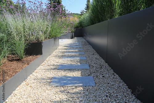 Stickers pour porte Gris traffic Moderne Garten- und Terrassengestaltung im Materialmix