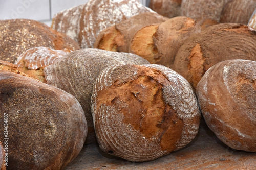 Holzofenbrot; Bauernbrot; farmhouse bread; loaves of bread; Fototapete
